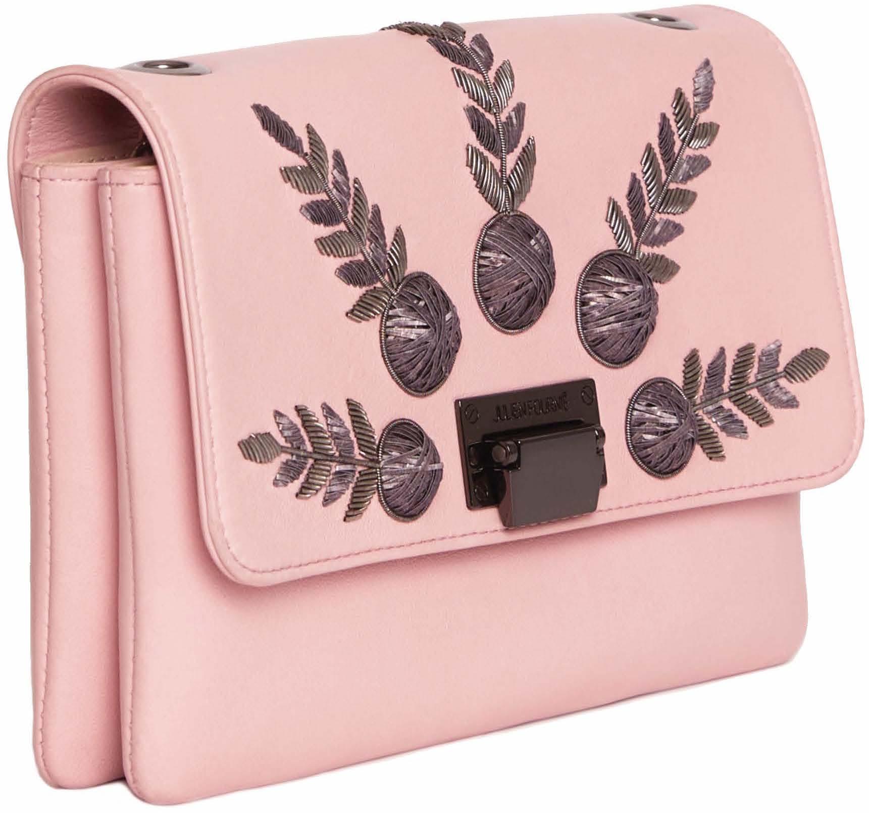 sac rose brodé haute couture